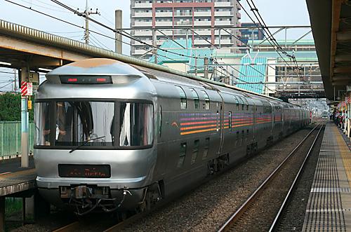 2001808302